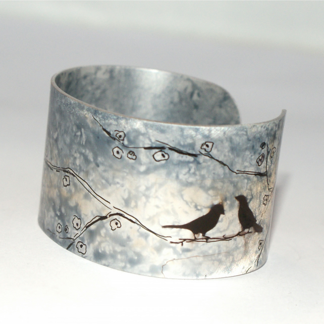 Birds on a branch cuff