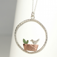Window box necklace