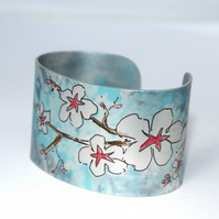Cherry blossom cuff - narrow