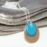 Colour block reversible necklace