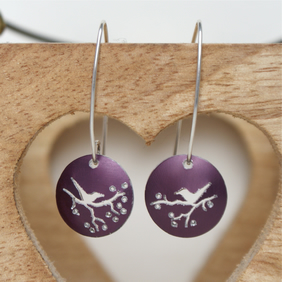 Lovebirds nature tag earrings - plum
