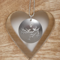 Lovebirds nature tag necklace - champagne