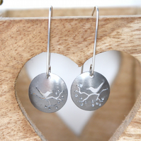 Lovebirds nature tag earrings - champagne