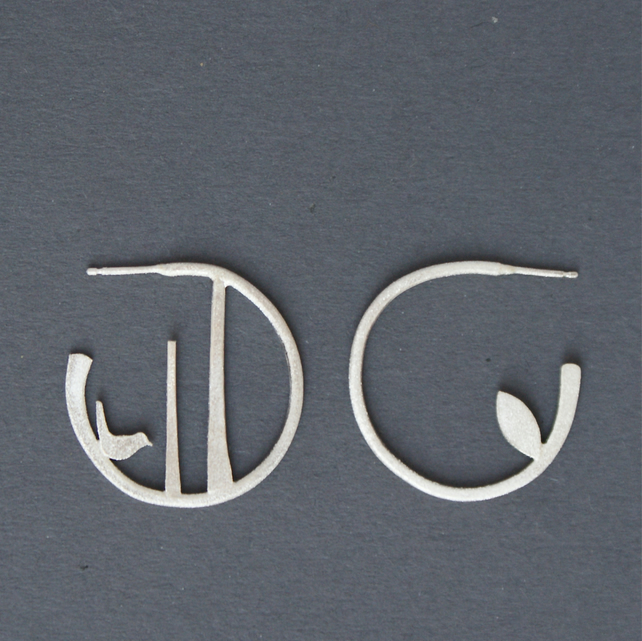 Edge of the woods small hoop earrings