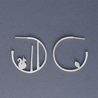Edge of the woods small hoop earrings - squirrel