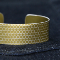 Gold honeycomb narrow aluminium cuff