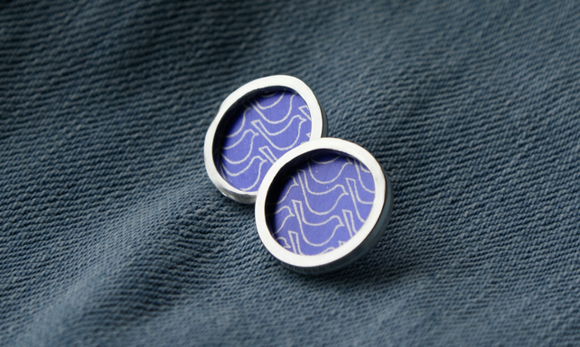 Purple bird pattern studs - silver circle