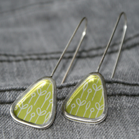 Spring buds triangle earrings - silver and lime