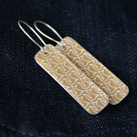 Fox pattern rectangular drop earrings - bronze