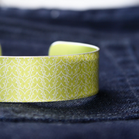 Geo nature butterfly patterned aluminium cuff bracelet lime