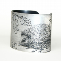 Hedgehog and the snail cuff