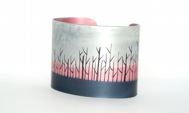 Edge of the woods cuff