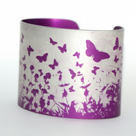Butterfly hedgerow cuff pink
