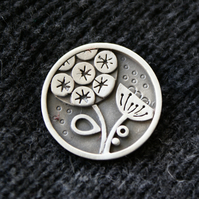 Seed head silver brooch