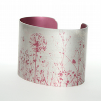 Spring hedgerow cuff