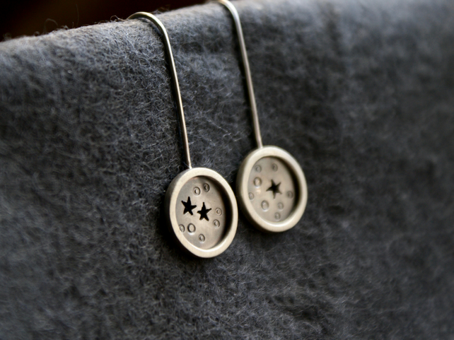Silver star mis-matched mini drop earrings