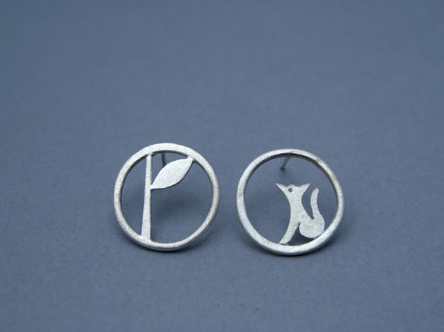 Edge of the woods circle fox studs