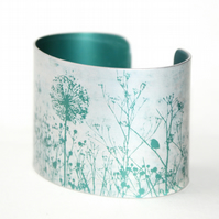 Spring hedgerow cuff teal
