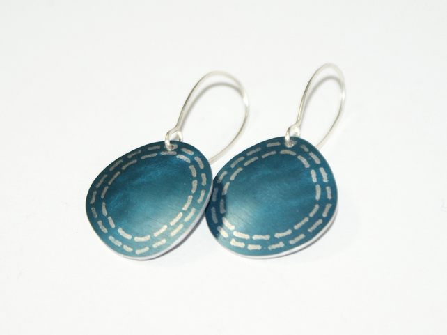 Coastal dark blue small drop earrings