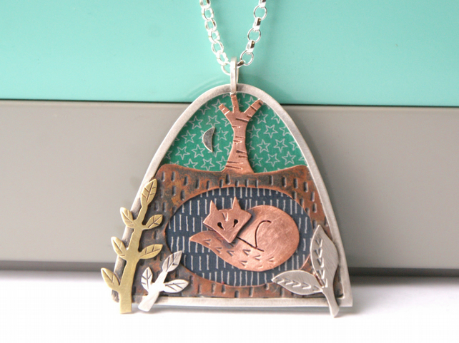 'Cosy Den' fox necklace