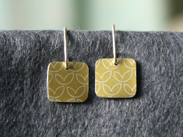 Special Price - Pale gold square drop earrings