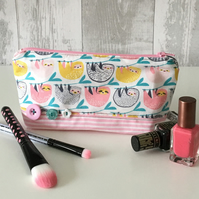Sloth Print Fabric Make up Bag