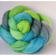 Hand dyed fibre for spinning or felting