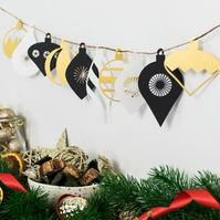 Mini Christmas Bauble Garland - Black, White and Gold
