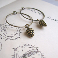 Golden Pine Cones hoop earrings - brass charms - handmade