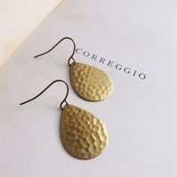 Gold Hammered Teardop earrings - Golden Summer - raw brass - textured
