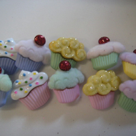 Mini Cupcake Buttons/Flatbacks