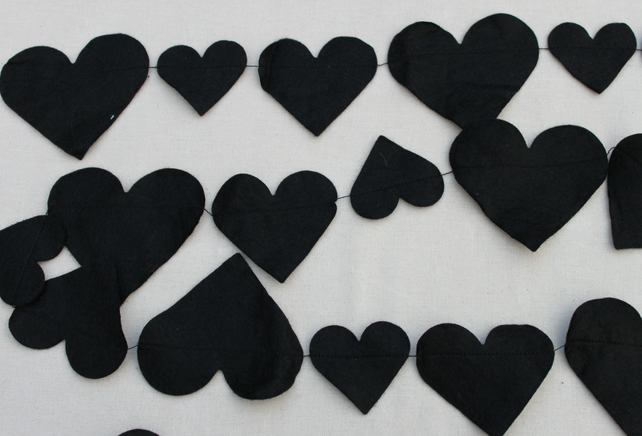 Black heart  Bunting price per string