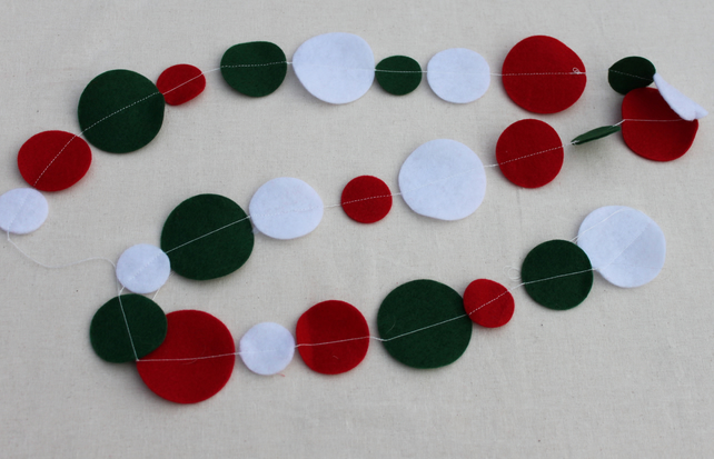 Red, white and green circle Bunting