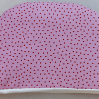 Pink and red spotsl  tea cosy