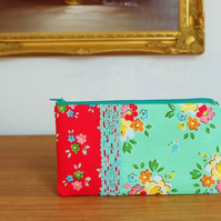 Retro Floral Purse, Pretty Pencil Case, Jewellery or Make Up Pouch, Gadget Case