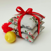 SALE Christmas Robins Lavender Sachets, Robins Fabric Lavender Pillow Trio