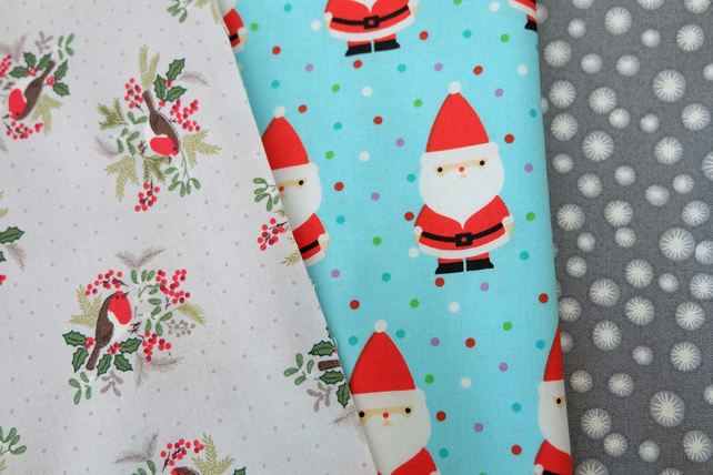 Christmas Fabric Bundle, Santa, Robins, Stars, Sew, Craft, Quilt, Patchwork