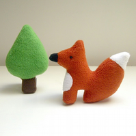 Little Fox and Tree Soft Toy Set, Fleece Fox Woodland Animal Toy Playset