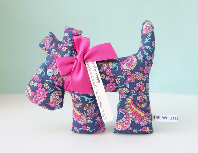 Lavender Sachet Dog in Navy Paisley