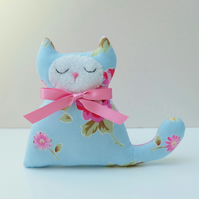 Blue Rose Lavender Cat, Pretty Gift for Cat Lover