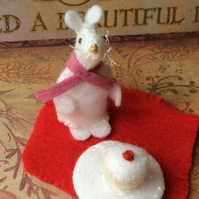Hand Stiched White Felt Mouse with Cup cake