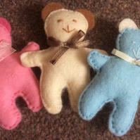 Pocket Pals 3 Felt Teddy Bears