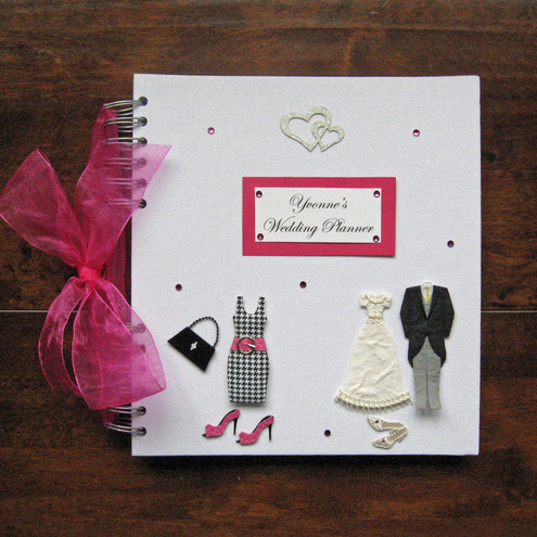 Personalized wedding planner book wedding decor ideas getting married congratulations save yourself lots of time looking for information as you start solutioingenieria Images