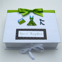 ONE DAY SALE Special Memory Box - Green & Black