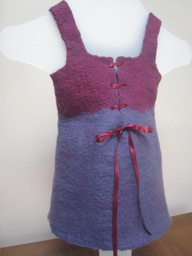 Girl's pixie felt dress