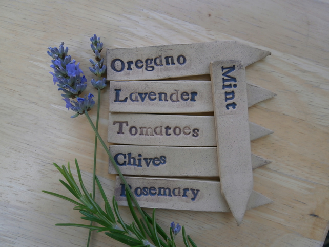 Herb marker, Seed name tags, Ceramic plant stakes - set of 3 - Made to order
