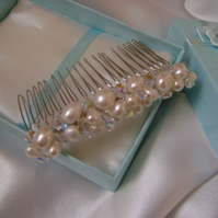 Caprice - Freshwater Pearl & Crystal Comb