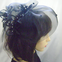 Elle - Sheer Black & Ivory Seed Pearl Fascinator
