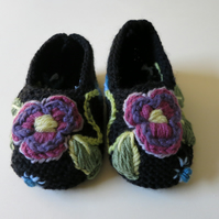 Floral Embroidered Slippers