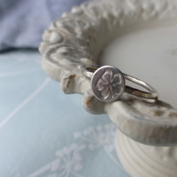 Hibiscus silver ring